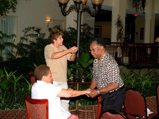 hand-massage-sm